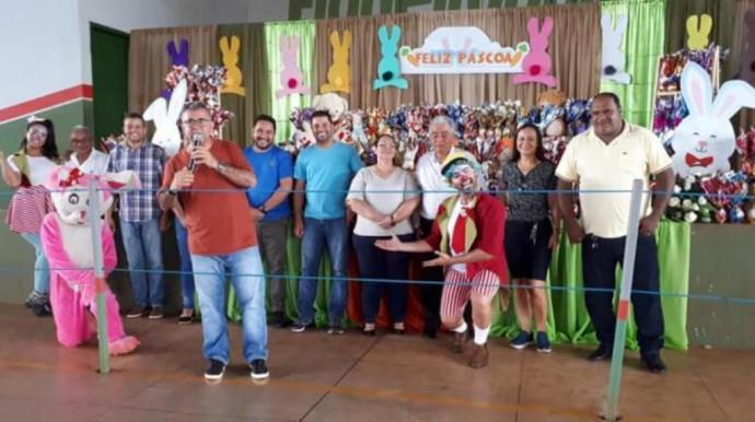 Secretaria Municipal de Assistência Social-Entrega de Ovos de Páscoa. Prefeitura de Figueirópolis, o povo em primeiro lugar!!